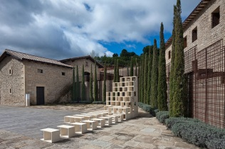 Hevia-Bayo-Concntrico-Festival-de-Arquitectura-y-Diseo-de-Logroo-Bodega-Marqus-de-Murrieta-1_1000